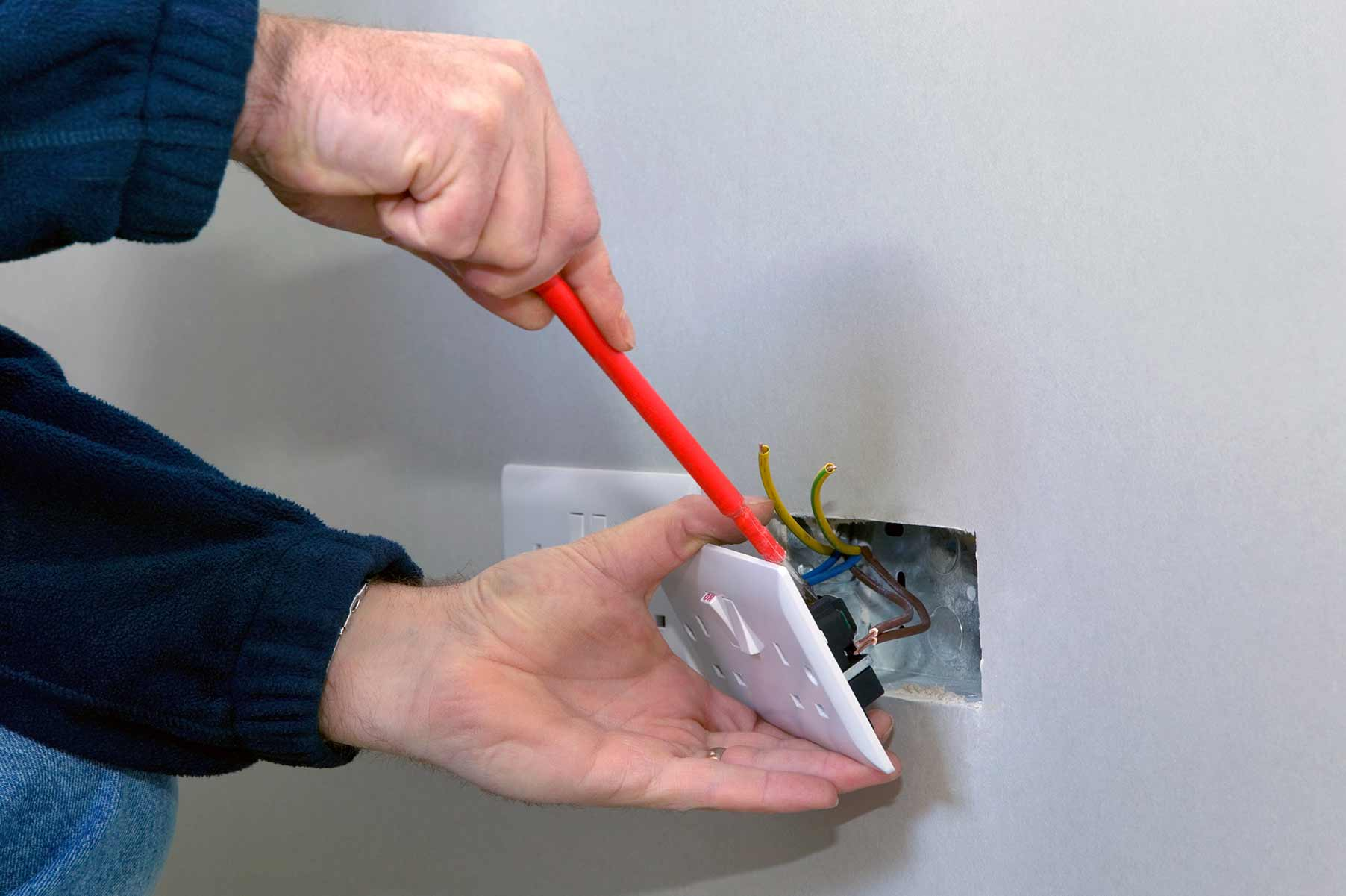 Our electricians can install plug sockets for domestic and commercial proeprties in Isleworth and the local area.